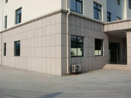 北京专卖店装修 商场装修 玻璃隔断施工